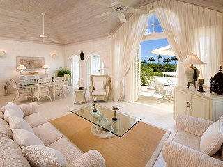 Caribbean Casas: Villa Hope for 4 guests, a short drive to Holetown!