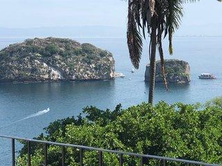 Casa con magnifica vista al mar y a la selva