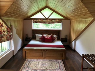 Tilsharit Greens Pine Cottage - Attic Room