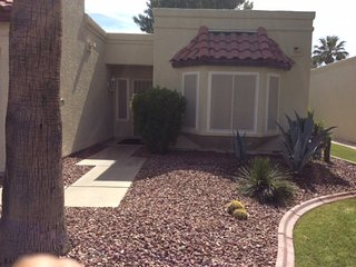 FOUNTAIN OF THE SUN + 55 GATED SECURE WITH GOLF CART