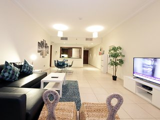 Dubai Holiday Apartment 14177