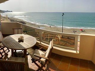 Spectacular frontline beach apartment!!!