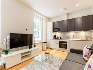 137. SUPER CENTRAL 1BR IN FITZROVIA - SOHO