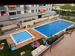 Magnifico apartamento con piscina,  2 dormitorios, comedor, terraza, cocina, a.a