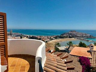 Duplex con Gran Terraza y Magnificas vistas al Mar y Castillo