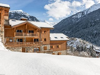 3 bedroom Apartment in Champagny-en-Vanoise, Auvergne-Rhone-Alpes, France : ref