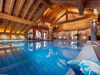 2 bedroom Apartment in Champagny-en-Vanoise, Auvergne-Rhone-Alpes, France : ref