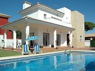 4 bedroom Villa in Sanlucar de Barrameda, Andalusia, Spain : ref 5455005