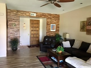 2CPAR - TWO BEDROOM CONDO ON WEST CHIMAYO W/GOLF CART