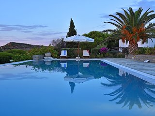 4 bedroom Villa in Náousa, South Aegean, Greece : ref 5248751