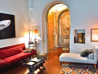2 bedroom Apartment in San Lorenzo District, Tuscany, Italy : ref 5248154