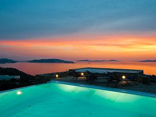 4 bedroom Villa in Tourlos, South Aegean, Greece : ref 5248686