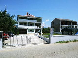 One bedroom apartment Vrsi - Mulo (Zadar) (A-14250-c)