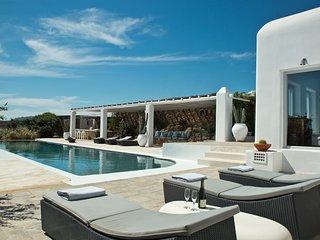 7 bedroom Villa in Panormos, South Aegean, Greece : ref 5310584