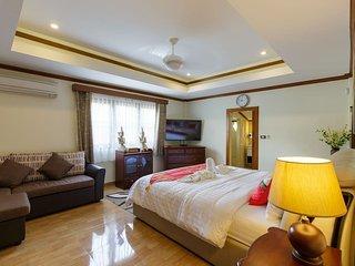 Sumonta Luxury Villa (Room 3)