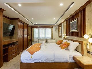 Sumonta Luxury Villa (Room 7)