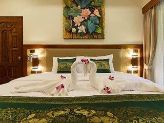 Sumonta Luxury Villa (Room 8)