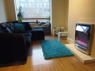 spacious one bedroom flat with private decked yard - Bramley LS13 2BJ