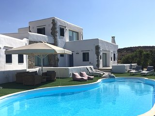 Villa Gusto with private pool, next to Kite Surf, great seaview