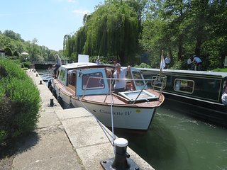 Boating Holidays - River Thames