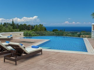 4 bedroom Villa in Akrotiri, Ionian Islands, Greece : ref 5248738