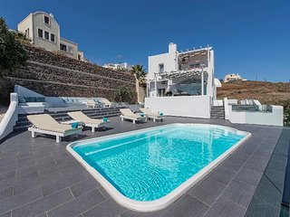 3 bedroom Villa in Emporeío, South Aegean, Greece : ref 5248648