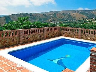 Frigiliana Villa Sleeps 4 with Air Con - 5080284