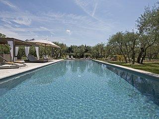 6 bedroom Villa in Lagoy, Provence-Alpes-Cote d'Azur, France : ref 5248824
