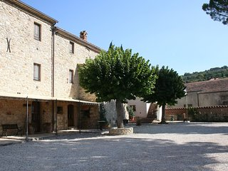 2 bedroom Apartment in San Vito, Umbria, Italy : ref 5518050