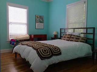 Athens Downtown Cottage at UGA for rent by Nelson Wells- Airbnb #53845