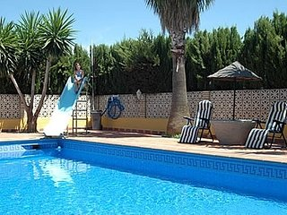 Ecija Villa Sleeps 4 with Pool and Air Con - 5080263