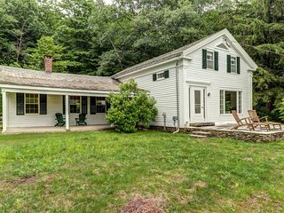 NEW LISTING! Secluded & spacious dog-friendly getaway w/ kitchen, porch, & patio