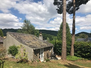 Beechnut Lodge, Lustleigh, Dartmoor, Devon. A luxury, romantic boutique cottage