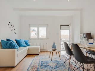 Beautiful apartment on iconic 28 tram line