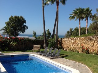 Villa near Sotogrande Costa del Sol sleeps 8