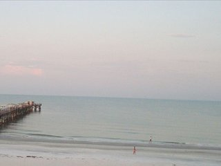 Beachfront Baby!!! Awesome Beach & Ocean Front, 3Bd/2Ba, Sleeps 12!!