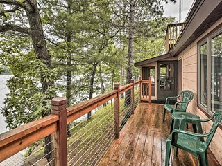 NEW! Waterfront Home on Pipe Lake, Near Cumberland