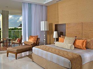 Golf Grand Luxxe ( Master Room)