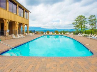 15% off 12/11-12/21 View of Paradise - Mtn Views -Fitness Room - minutes to Doll