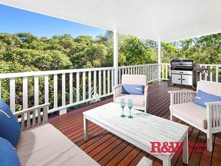 19 Whale Drive, Sunshine Beach