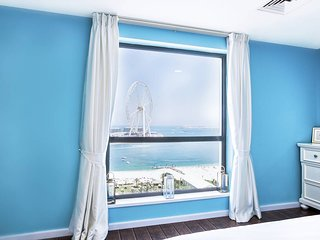★ Ocean-Facing Apt in JBR | Walk to the Beach!