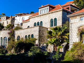 CLASSICAL OLD STONE VILLA FOR RENT NEAR OLD TOWN, DUBROVNIK