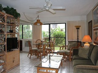 Maui Garden View Condo in Beach Front Resort—Great Value, 1 BR/1BA Sleeps 4