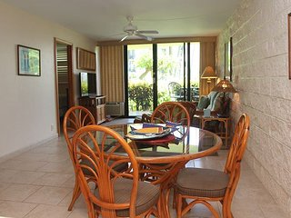 Maui Beach Front, Ocean View, Ground-Floor Condo—Tropical Luxury  2 BR/2 BA