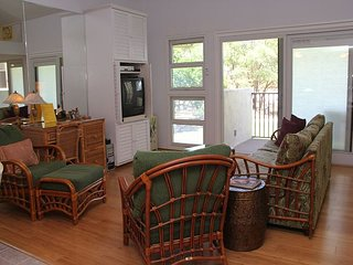 South Maui Beachfront/View Condo in Ma'alaea; Great Value; 2BR/2BA Loft Unit