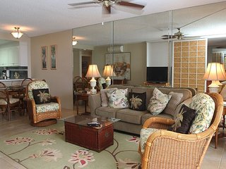 Lovely Lauloa Direct Oceanfront Condo in South Maui; 180° Ocean View; 2BR/2BA