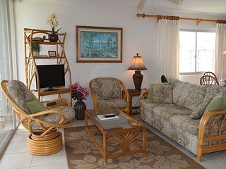 Ocean Front Ma'alaea Condo with an Incredible 180° view; 2BR/2BA Sleeps 6