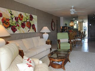 Maui Ocean View Condo in Quiet Beach Front Resort—Tropical Luxury, 2 BR/2 BA