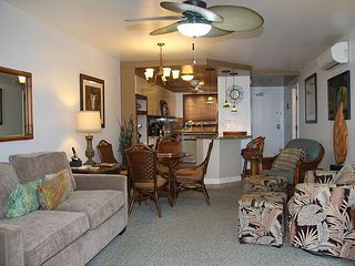 Deluxe Maui Ocean Front Condo—1st Floor Unit with Panoramic Views!! 2BR/2BA