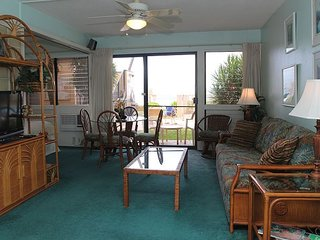 Maui Garden View Condo in Beach Front Resort—Steps to Beach; 1BR/1BA Sleeps 4
